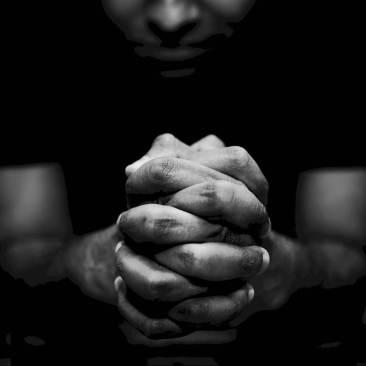 635807500208093009-1418532177_praying-imgopt1000x70